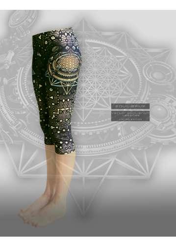 """""""vector equilibrium"""" women's capri leggings with print"""